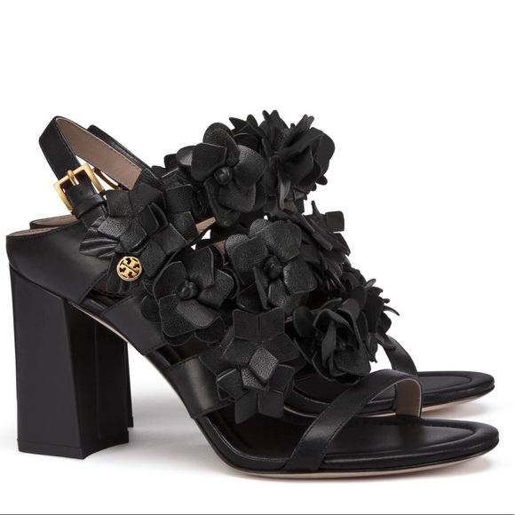 b4ab4b226 Tory Burch Blossom Sandal - Black Leather. M 5b873193d365be1daf5723cb